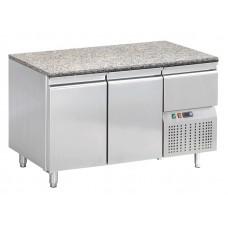 Konditorei Kühltisch