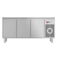 Tiefkühltisch mit Arbeitsplatte TKTF 3210 M